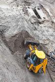 推土机挖地面 — 图库照片