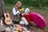 Portrait of female at picnic — Stock fotografie