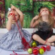 Silly Sisters Chirstmas Pictures — Stock Photo