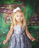 Klein meisje kerstmis — Stockfoto