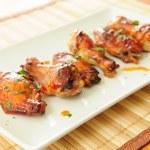 Honey garlic chicken wings — Stock Photo #27686679