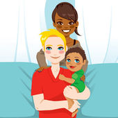 Happy Interracial Family — Stock Vector
