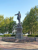 Petrozavodsk. Monument to Peter the Great on Onezhskaya Embankme — Stock Photo