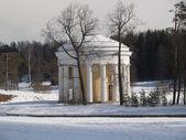 Pavlovsk. The Friendship temple in winter park — Stock Photo