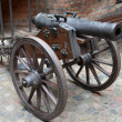 Artillery piece of XVIII century on wooden gun carriage — стоковое фото #37598145