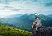 Man working outdoors — Stock Photo