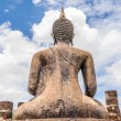 Ancient Budddha statue in Sukhothai from back — 图库照片