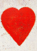 Red heart on rusty background — Foto de Stock