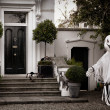 Front garden decoration for halloween with scary ghost big spide — Stock Photo