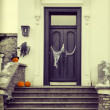 Halloween decoration with scary pumpkins and cobwebs — Stock Photo