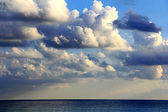 Image with sea and cloudiness sky — Stock Photo
