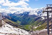 Bergbanan i Kaukasus bergen — Stockfoto