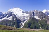 Las montañas del cáucaso en rusia — Foto de Stock