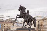 Sculpture in Sankt Petersburg — Stock Photo