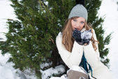 Girl in the snow — Stock Photo