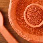 Hawaiian Red Alaea Sea Salt in rustic clay bowls — Stock Photo