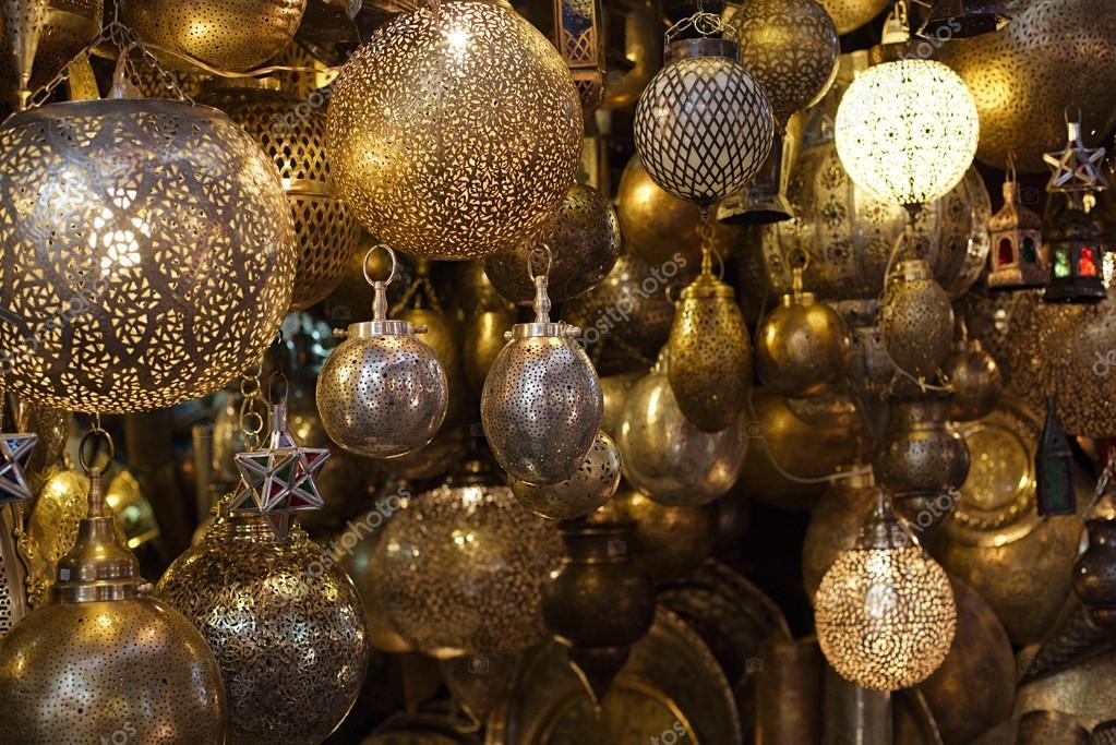 marokkanische glas und metall laternen lampen stockfoto. Black Bedroom Furniture Sets. Home Design Ideas