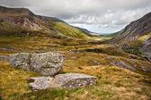 Visa längs nant francon dalen snowdonia national parklandskap — Stockfoto