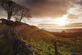 Beautiful sunrise over Yorkshire Dales National Park — 图库照片