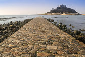 Path to St Michael's Mount from Marazion low tide landscape Cornwall England — Stockfoto
