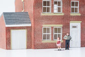 Single parent family concept with model people and house on whit — Stock Photo