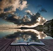 Koncepcja kreatywnych stron książki wschód ocean krajobraz zatoki mupe — Zdjęcie stockowe