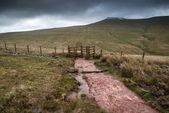 Landscape image of Corn Du peak in Brecon Beacons mountain range — Stock Photo