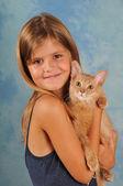 Beautiful girl with somali kitten portrait — Stock Photo