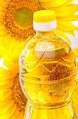 Sunflower oil — Stock Photo