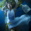 Beautiful bride underwater — Stok fotoğraf