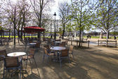 Spring cafe in Tuileries garden of Paris. France — Stock Photo