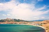 Letní krajina s hory a moře. — Stock fotografie