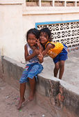 Two young girls posing outside in Siem Reap, Cambodia — Foto de Stock