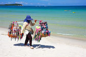 Thai woman selling beachwear at beach in Koh Samui, Thailand.  — Stock Photo
