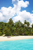 Palm trees in tropical perfect beach at Koh Kood , Thailand — Stock Photo