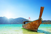 Long boat and tropical beach, Thailand — Stock Photo