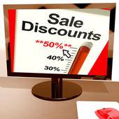 Pięćdziesiąt procent sprzedaży rabatów, wyświetlono prawnicze on-line — Zdjęcie stockowe