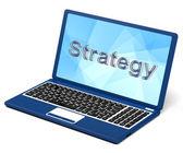 Palavra estratégia no laptop, mostrando o trabalho em equipe e planejamento — Foto Stock