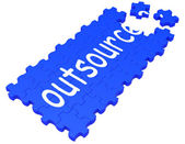 Outsource puzzle mit subcontract und beschäftigung — Stockfoto