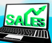 Ventas en cuaderno mostrando ganancias marketing — Foto de Stock