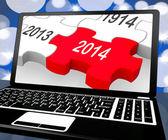 2014 på laptop visar nära framtida teknik — Stockfoto