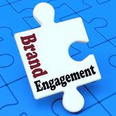 Marke engagement bedeutet mit markenprodukt zu engagieren — Stockfoto