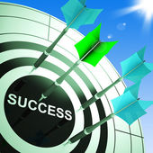 Success On Dartboard Showing Accomplished Progress — Stock Photo