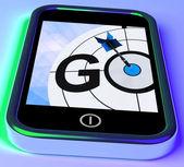 Ga op smartphone toont doel begin — Stockfoto