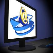 E znak na monitorze pokazuje cyfrowy skrzynki pocztowej — Zdjęcie stockowe