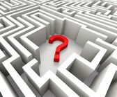 Question Mark In Maze Shows Confusion — Stock Photo