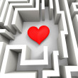 Finding Love Or Girlfriend Shows Heart In Maze — Stockfoto
