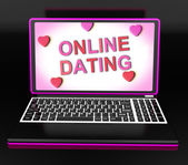 On-line namoro mensagem no laptop mostra amor romancing e web — Foto Stock