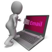 Dizüstü bilgisayarda e-posta e-posta e-posta veya yazışma gösterir — Stok fotoğraf