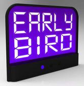 Erken kuş saat dakiklik gösterir veya zamanlamanın önünde — Stok fotoğraf